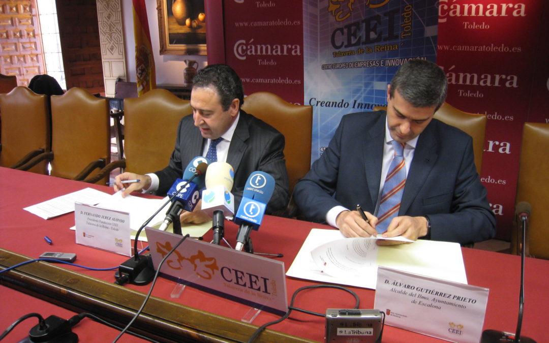 EL Ayuntamiento de Escalona y el Centro Europeo de Empresas e Innovación firman un convenio para promover la industria en nuestro pueblo